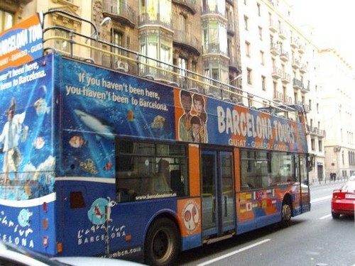 Barcelona bus tur stic viajes baratos for Bus barcelona paris barato